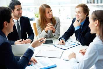 Imagen post: 5 ventajas de estar callados mientras los otros hablan